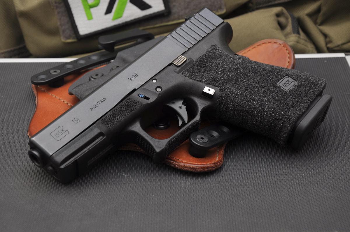 Glock 19 Custom Gun and Mods by Glockworx.com
